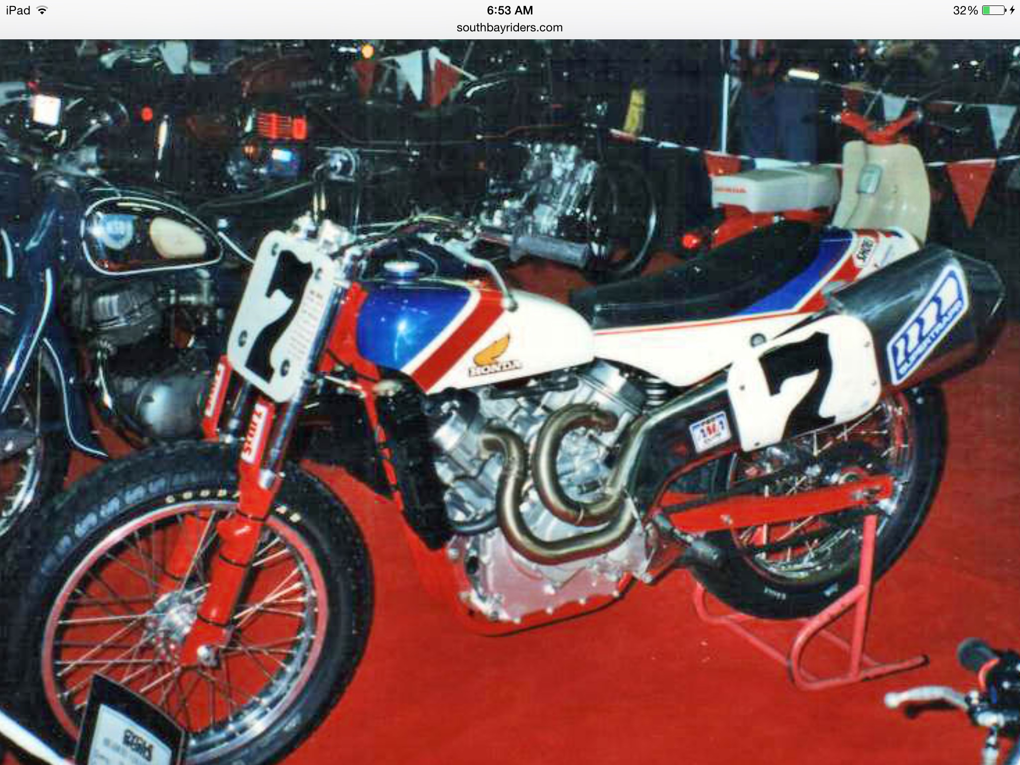 http://cx500forum.com/forum/attachments/general-discussion/19223d1420726522-cx500-racing-flattrack-fast-freddie-spencer-image.jpg