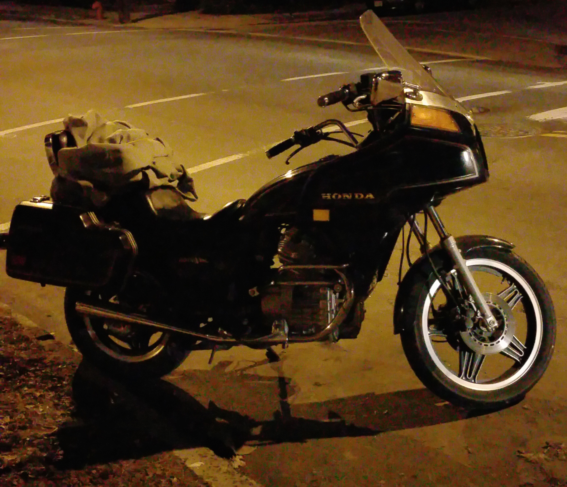 New Member With A 1981 Honda Silverwing Gl500i Interstate 1970 Silver Wing Motorcycles Name Img 20150318 195342 Views 498 Size 8607 Kb