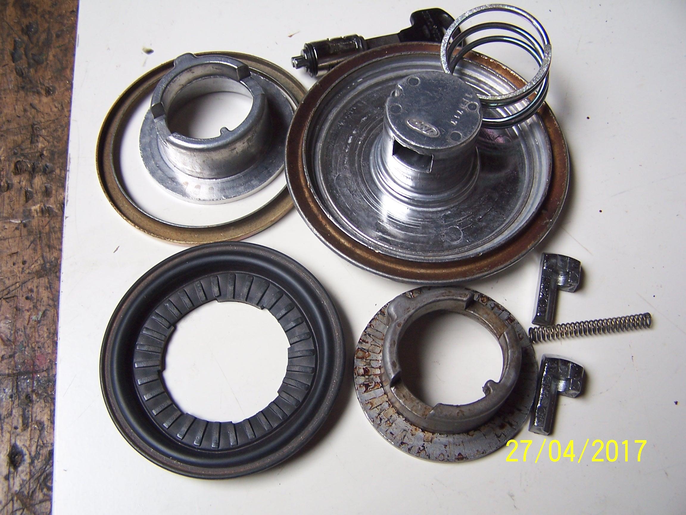 Gas cap rubber/seal