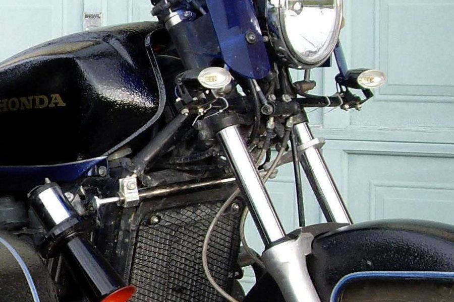 Name:  Steering Damper.jpg Views: 36 Size:  110.1 KB