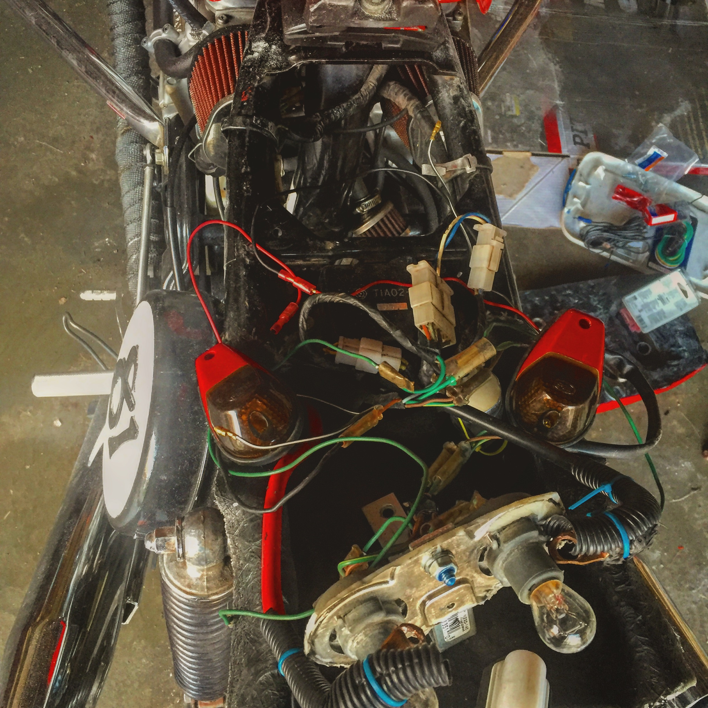Name:  wires to fit under the seat of the cowl using trailor connectors.JPG Views: 342 Size:  1.41 MB